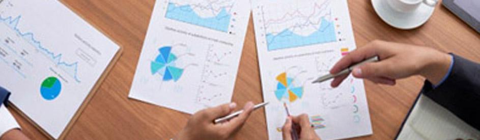 التحليل المالي و التنبؤ و وضع النمازج